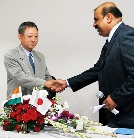 20120714sagawa - SGホールディングス/インドの物流会社に資本参加