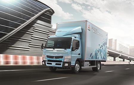 20130510mitsubishif - 三菱ふそう/新型キャンターエコハイブリッドを台湾で発表