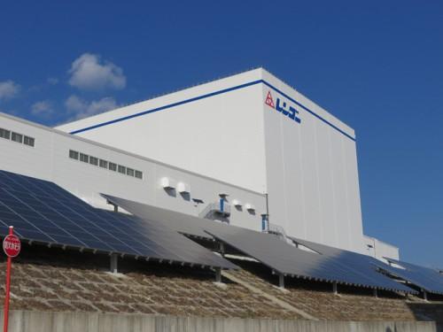 20140106rengo2 500x375 - レンゴー/愛知県にラック式免震自動製品倉庫を導入