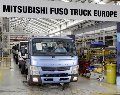 20140214fuso 500x394 - 三菱ふそう/ポルトガルで電気トラックプロジェクト開始