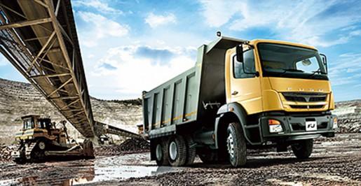 20140520fuso 515x266 - 三菱ふそう/アフリカ向け戦略車をジンバブエで発表