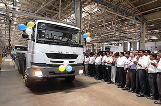 20140708fuso 515x340 - 三菱ふそう/新開発の左ハンドル仕様車をインドで生産開始