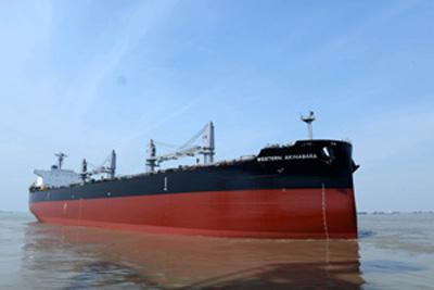 20140708kawasakig - 川崎重工/ばら積運搬船を引き渡し