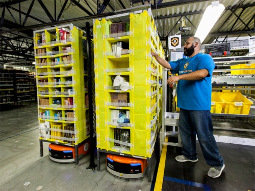 20141201amazon 500x376 - Amazon/第8世代物流センターの新技術を公開