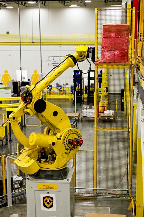 20141201amazon3 - Amazon/第8世代物流センターの新技術を公開