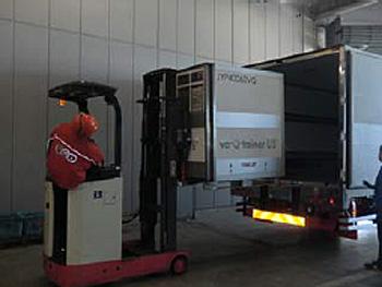 20141225tnt - TNTジャパン/シンガポール向けパッシブコンテナの輸送開始