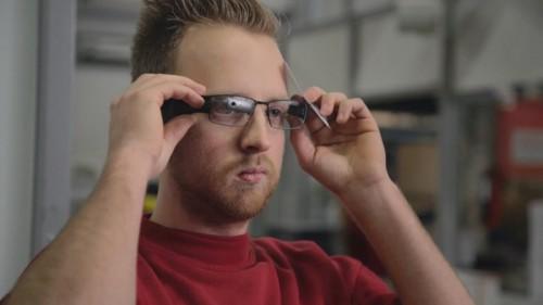 20150128dhl2 500x281 - DHLサプライチェーン/リコーの倉庫でグーグルグラス活用試験に成功