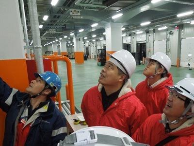 20150210yokorei - ヨコレイ/中国低温物流業界関係者が夢洲物流センターを視察