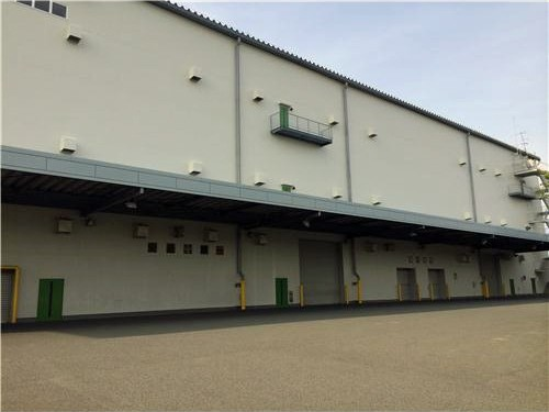平塚で希少な大型倉庫
