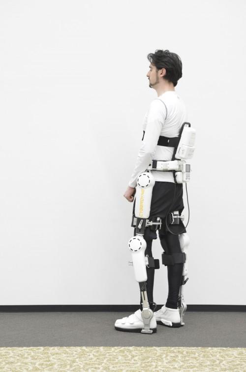 20150413daiwa22 500x756 - 大和ハウス/ロボットスーツ3モデルを販売開始