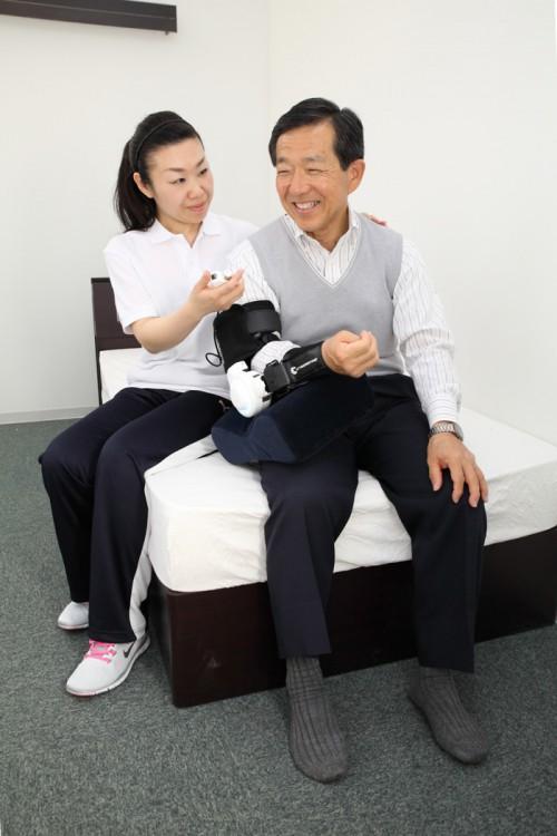 20150413daiwa24 500x750 - 大和ハウス/ロボットスーツ3モデルを販売開始