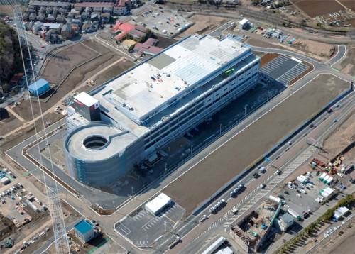 20150416jp2 500x358 - 日本郵便/埼玉県和光市に7.8万m2の巨大郵便局竣工