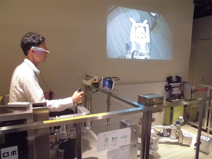 ロボットアーム 鴻池運輸/展示のロボットアームをリニューアル | 物流ニュースのLNEWS LN
