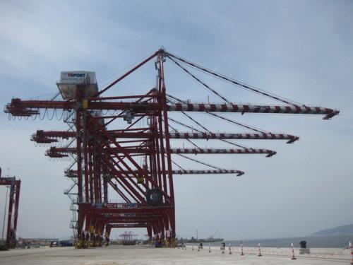 20150616mitsiuz2 500x375 - 三井造船/トルコ共和国向け港湾荷役クレーン20基を納入