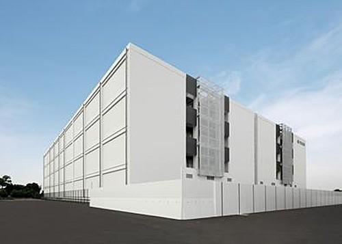 <第2期倉庫の外観、手前(左側)が第2期倉庫