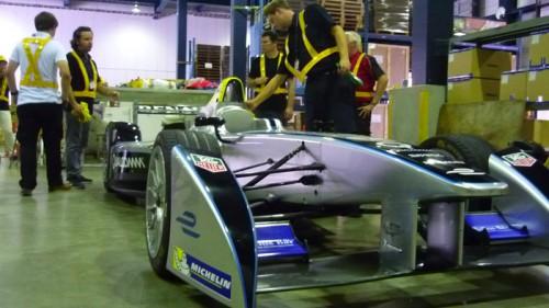 20150826dhlg2 500x281 - DHLグローバル/フォーミュラEレーシングカーを輸送
