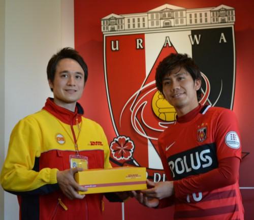 20160118dhl2 500x433 - DHLジャパン/Jリーグ浦和レッズと10年目のトップパートナーシップ契約