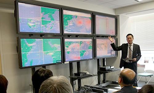 安全運航管理センター(SOSC)の見学の様子