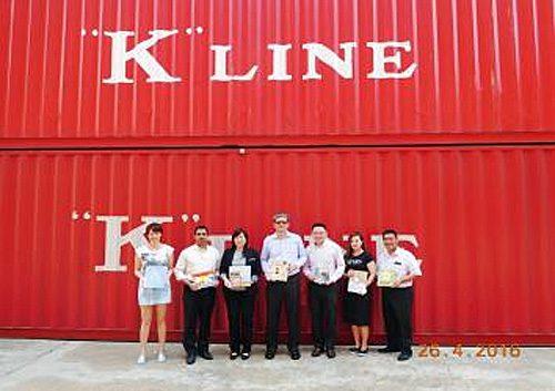 ソニーと川崎汽船それぞれのシンガポール拠点担当者