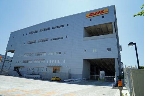 DHL Express 東京ゲートウェイ入口付近
