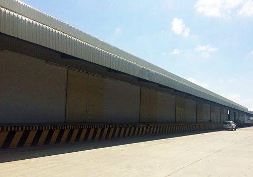 カンボジアの新倉庫