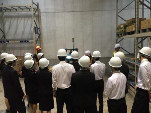 20161004kirin1 500x375 - キリングループロジ/採用内定者、キリン横浜工場で物流現場見学会