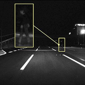 夜間における歩行者の撮影性能 現行品