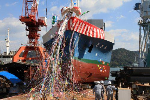 20161104imoto1 500x333 - 井本商運/9年ぶりに499G/T型船を進水、最大40本の冷凍コンテナ輸送