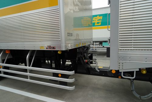 20161108yamato3 500x334 - ヤマト運輸/新規格のバン型トレーラ導入、積載量最大23%アップ