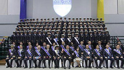 20161114nyk 500x281 - 日本郵船/共同運営するフィリピン商船大、117人が卒業