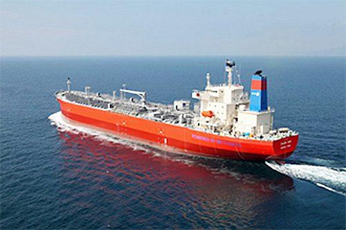 20161116mol31 500x333 - 商船三井/5万DWT型のメタノール船竣工