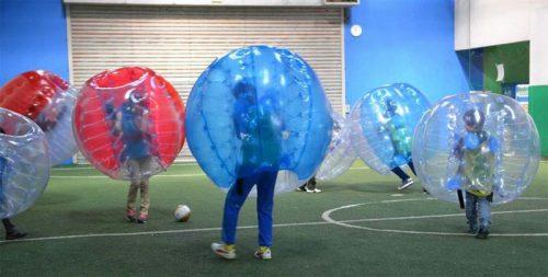 バブルサッカー大会の様子