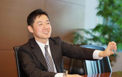 駒 俊志 シニアマネージャー