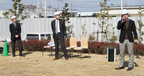 左から鈴木真二東大教授、国交省の大庭靖貴課長補佐、ブルーイノベーションの熊田雅之COO