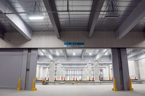 20170406trc2 500x333 - TRC/6月末竣工予定の物流ビル新B棟で内覧会と免震装置体験会