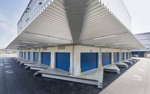 高床式倉庫で特徴的なL型バース