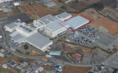 完全自動化ラインを導入した第7工場(右上点線部)