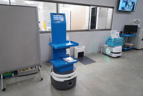 自立型搬送ロボットFetch社のフレイト