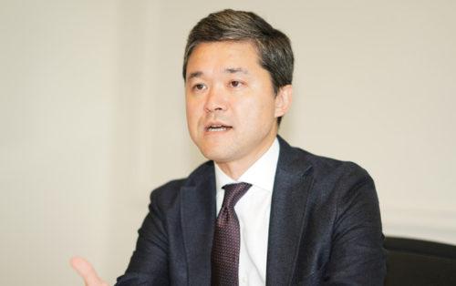 中嶋 康雄 代表取締役兼CEO