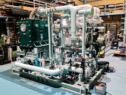 舶用バイナリー発電システム外観(搭載前)