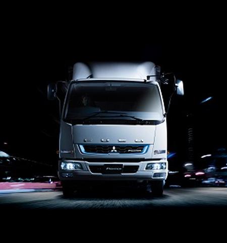 20170925fuso1 - 三菱ふそう/中型トラック「ファイター」2017年モデル発売