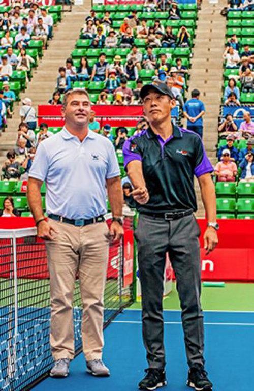 20171004fedex 500x769 - フェデックス/楽天ジャパンオープンテニスをサポート