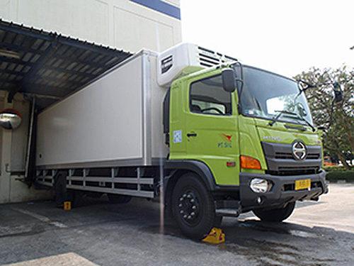 コールドチェーン輸送の専用車を開発