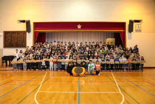 20171117amazon3 500x334 - アマゾン/小学生75名にセンターの仕組み、ロボティクスの体験教室開催