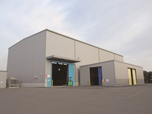 リサイクルプラスチックパレット製造工場外観