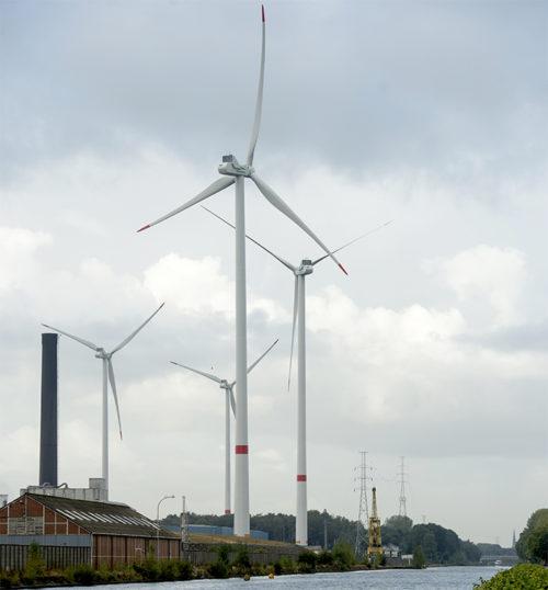 風力発電機の参考写真