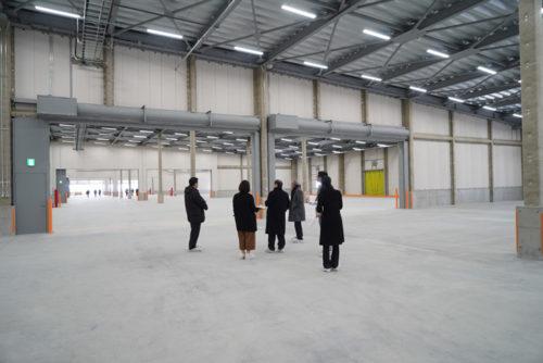 20180124orix4 500x334 - オリックス/竣工前の物流施設で内覧会とロボット体験会開催、約60名参加