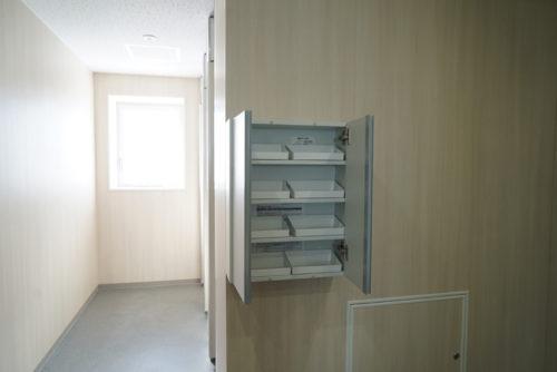 女子トイレの収納ボックス