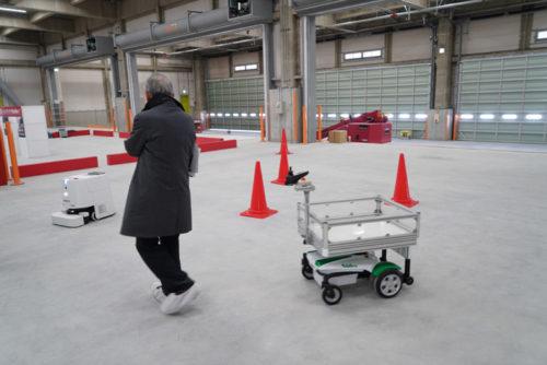 追従運搬ロボットTHOZERで追従機能を体験