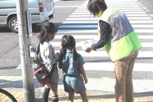 20180412sbs3 500x334 - SBSHD/春の全国交通安全運動、街頭で啓発活動